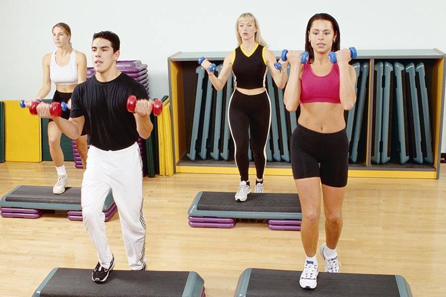 Stepping, Pilates, Bop, Spinning, Crosstrainer, ... > WOWTOWELZ Mikrofasertuch, Microfaser-Handtuch für Sport Fitness Fitnesscenter Fit-Machen Gymnastik.