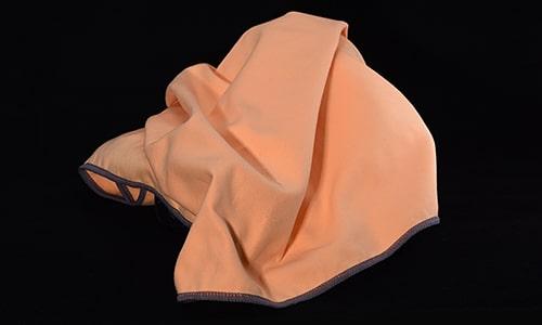 WOWTOWELZ Weiches hautfreundliches Mikrofasertuch, Microfaser-Handtuch für Sport Fitness Fitnesscenter Fit-Machen. Als Badetuch, Strandtuch, Saunatuch in XL für Urlaub und Spa. Towels / Handtücher mit WOW-Effekt.